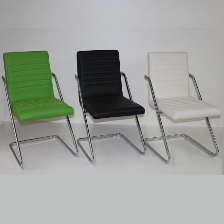 כסאות אורח מטאל מתצוגה