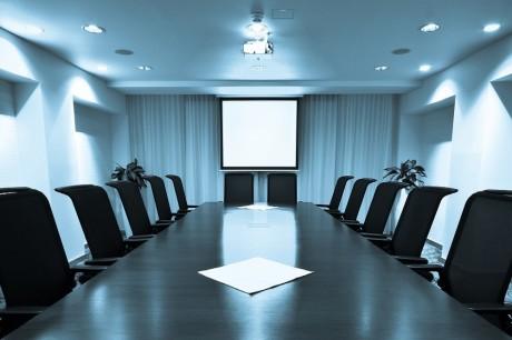 חדר ישיבות - עורכי דין