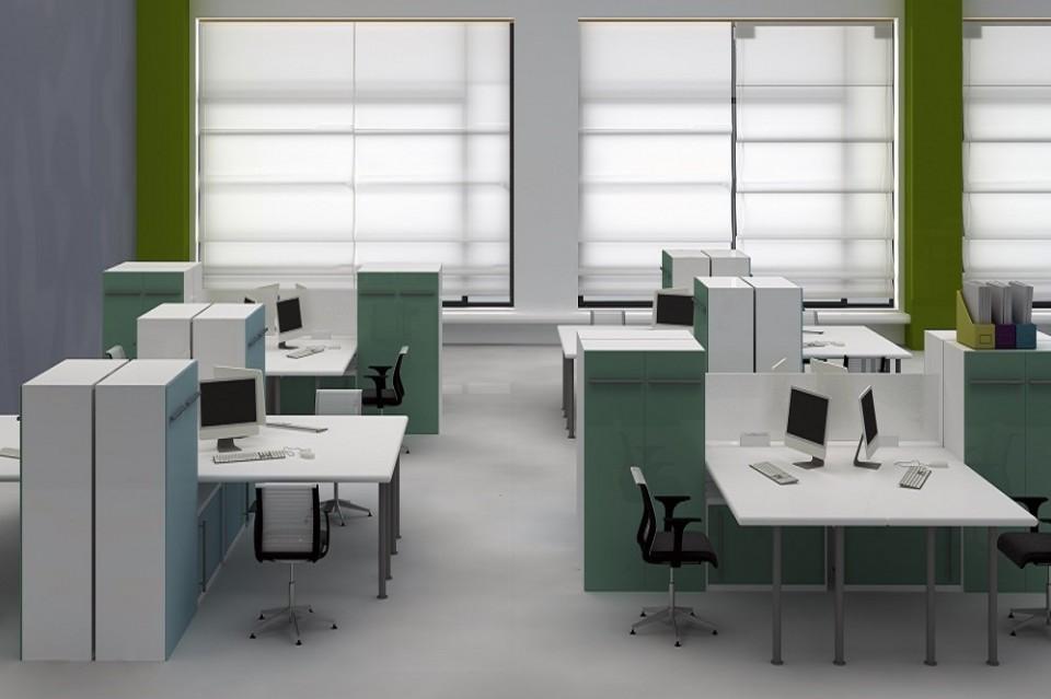 משרד מעוצב בסגנון אופן ספייס
